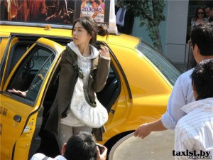 1276601538_taxi_japan-2